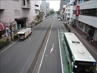 JR高槻駅から高槻市役所までの道_t.jpg